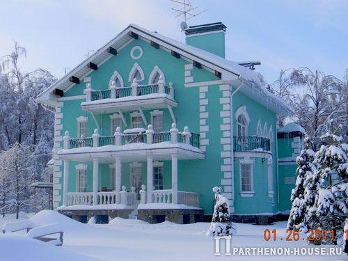 Современный кирпичный дом теплый