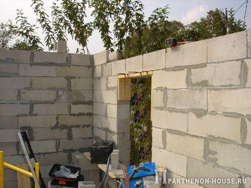 Строительство домов из пеноблоков. Возводим стены из пеноблоков